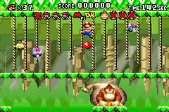 Mario and Donkey Kong battling in Donkey Kong Jungle.