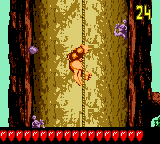 Kiddy Kong traveling through the first Bonus Level of Redwood Rampage in Donkey Kong GB: Dinky Kong & Dixie Kong