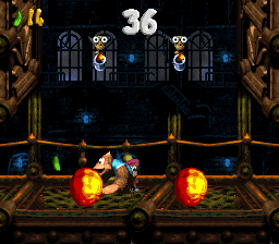 Kiddy Kong and Dixie Kong in the second Bonus Level of Fire-Ball Frenzy