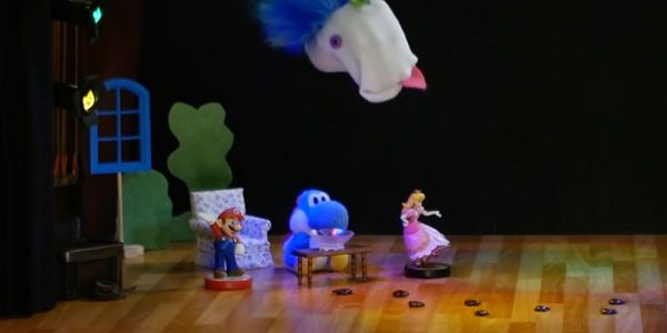 Banner for a Play Nintendo opinion poll on who ate Blue Yarn Yoshi's pudding in an episode of Frizzy's Silly amiibo Theater. Original filename: <tt>2x1-PNYT_poll_1.0290fa98.jpg</tt>