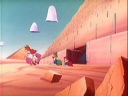 Mario, Luigi, Peach, and Toad in Pyramid Land