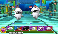 Screenshot of World 2-4, from Puzzle & Dragons: Super Mario Bros. Edition.