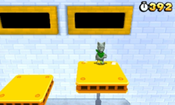 Luigi performing the statue forever glitch