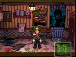 Luigi in the Washroom (2F).